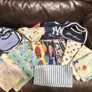 Baby Burp Cloths And Bibs for Sale in Hudson, FL
