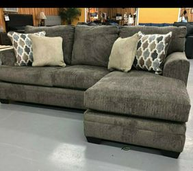 """🍷$39 Down Payment . 🍷🍷Dorsten Slate Reversible Sofa Chaise Dimensions:92"""" W x 62"""" D x 38"""" H for Sale in Beltsville,  MD"""