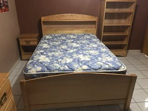 Wood bedroom set, excellent, Best Offer! for Sale in Miami, FL