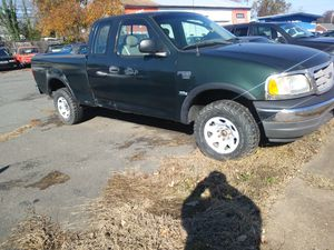 2003 Ford F150 king cab 4x4 172 k miles Runs great has rusted bed for Sale in Annandale, VA