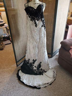 Dress for Sale in Southfield, MI