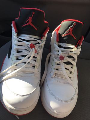 Jordan retro 5 low fire red size 13 for Sale in Cudahy, CA