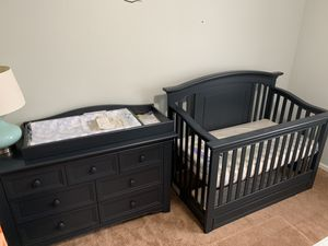 Cache Harbor – Navy Mist – 7 Drawer Dresser w/ changing table top, crib, and conversion kit for Sale in LUTHVLE TIMON, MD