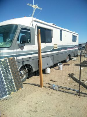 Motor home for Sale in Lake Los Angeles, CA