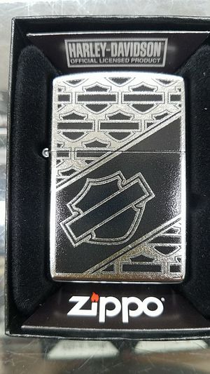 Zippo Harley Davidson street chrome 29905 for Sale in Los Angeles, CA
