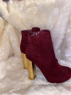 Maroon Platform Bootie w Gold Heel Size 6 for Sale in Buffalo, NY