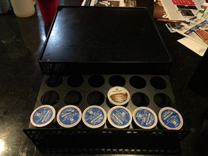 KEURIG W/ 36 pod holder for Sale in Progreso Lakes, TX