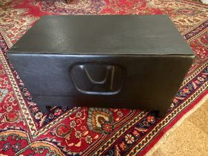 """12"""" subwoofer w/ custom ported box for Sale in Chesterfield, MO"""