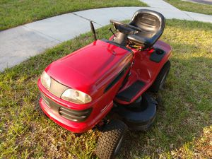 Craftsman riding lawn mower for Sale in Orlando, FL