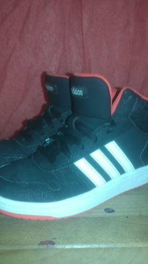 Adidas boys size 3 band new worn for Sale in Kennewick, WA