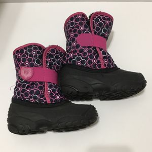 Kamik Toddler Girls winter boots sz 10 for Sale in Hialeah, FL