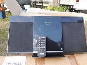 CD and radio player for Sale in Clearwater, FL