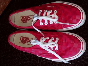 Tenis VANS size 6.5 o 7 for Sale in Dallas, TX