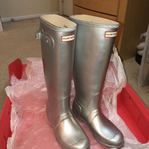 Hunter Rain Boots Special Editon Color for Sale in Lynnwood, WA