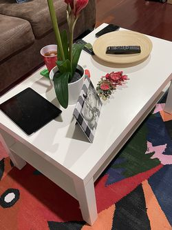 Lack white table. $13,99 for Sale in Kearny,  NJ