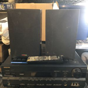 Onkyo HT-R667 (with HDMI input/output Ports)+ Polk R15 Speakers for Sale in Artesia, CA