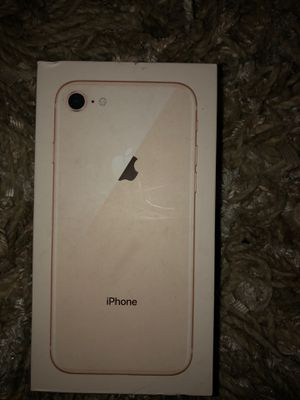 iPhone 8 version for Sale in Pleasant Hill, IA