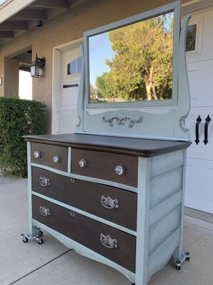 Vintage Farmhouse style Dresser with mirror for Sale in Rancho Cucamonga, CA