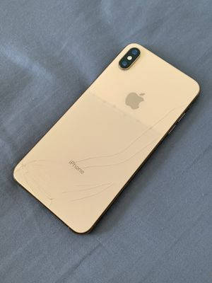 iPhone XS Max for Sale in Victorville, CA