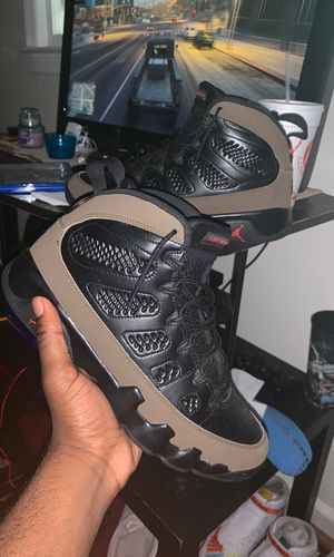 Jordan 9s LOOKIN FOR SHOE TRADES OR XBOX ONE for Sale in College Park, GA
