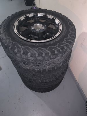 """18"""" tires & rims for Sale in Killeen, TX"""