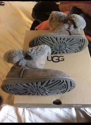 GIRLS KIDS UGG BOOTS for Sale in Sharon Hill, PA