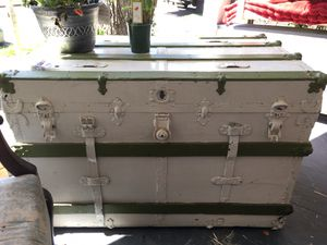Antique Steamer trunk- buy OR TRADE for aucoustic nylon Guitar (no strings needed)😁 for Sale in Portland, OR
