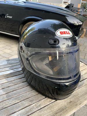 Bell Motorcycle Helmet ( L ) for Sale in Glendale, CA