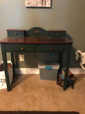Desk for Sale in Kathleen, GA