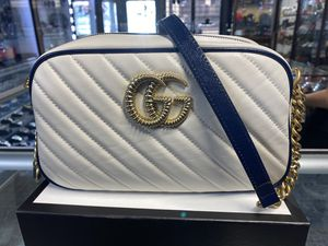 GUCCI MARMONT SMALL SHOULDER BAG PERFECT CHRISTMAS GIFT for Sale in Las Vegas, NV