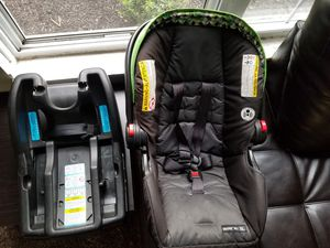 Graco Rear Facing Car Seat for Sale in Columbus, OH