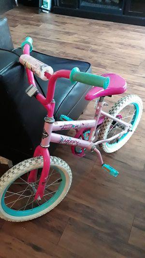 Bicicletas para niñas $30.00 x las dos for Sale in Houston, TX