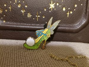 Disney Parks Peter Pan Rare Tinker bell Heels Shoe Pin for Sale in Los Angeles, CA