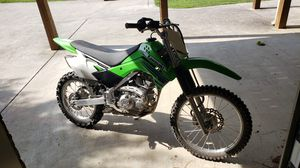 2013 Kawasaki KLX 140L Dirt Bike Motorcycle. Like new. for Sale in Atlanta, GA