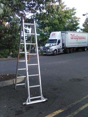 Louisville dual purpose aluminum ladder for Sale in Spanaway, WA
