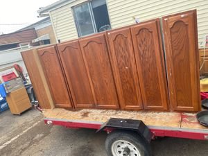 Kitchen cabinets 5 pcs for Sale in Hines, IL