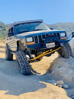 Jeep xj 1999 4x4 for Sale in Salinas, CA