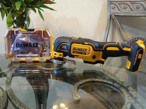Dewalt 20V Multi-Tool & Accessories (Tool Only) for Sale in Citrus Heights, CA