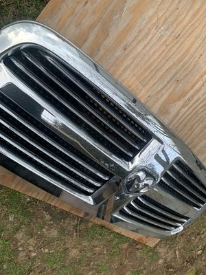16 Ram 1500 chrome grill big horn for Sale in Tacoma, WA