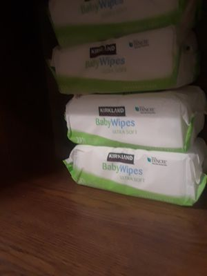 Wipes 4 pack for Sale in Tacoma, WA