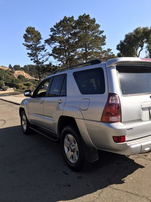 Selling Toyota 4Runner 2004 clean title smog really everything is good condition for Sale in Richmond, CA