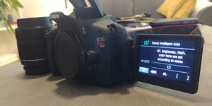 Canon Rebel T3i DSLR w/ Lens! for Sale in Clayton, NC
