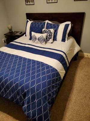 Must go Beautiful Ashleys queen bed set for Sale in Carrollton, TX