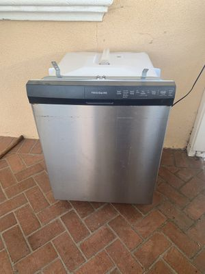 Frigidaire Dishwasher for Sale in Long Beach, CA