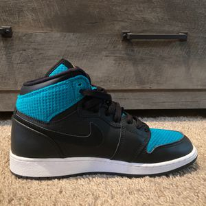 Air Jordan 1 Retro High GG Size:7Y for Sale in Smyrna, TN