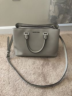 Michael kors purse for Sale in Chelmsford,  MA