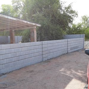 Se asen bardas estaco concreto peivers repaciones for Sale in Payson, AZ