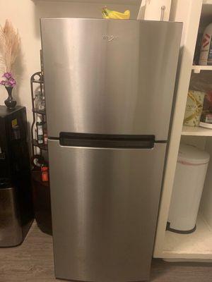 Whirlpool fridge floor model new for Sale in Long Beach, CA