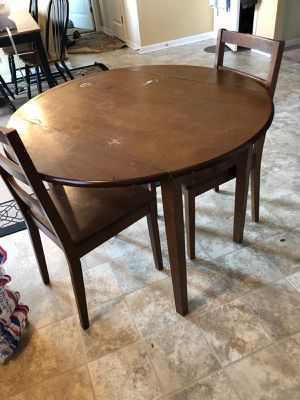 A small kitchen table for Sale in Murfreesboro, TN