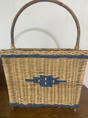 Vintage wicker basket. 12x16x23in. for Sale in Cashmere, WA